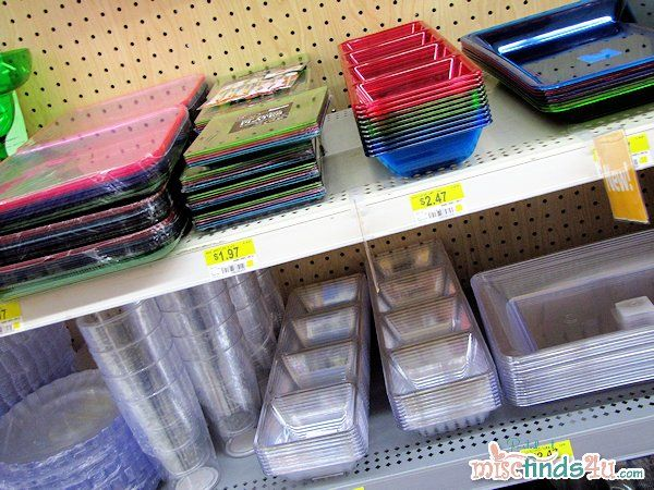 I like these colored plastic dishes - they're reusable (I'm not a fan of disposables)Ideas, Dollar Trees, Cookie'S Cutts Fashion, Dishes Dollar, Reusable, Parties, Colors Plastic, 2Nd Birthday, Aria 2Nd