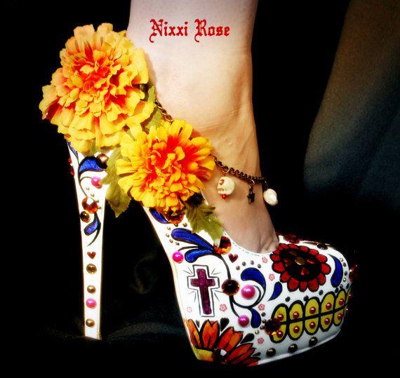 Los Muertos Mexican sugar skull floral heels by NixxiRose on Etsy