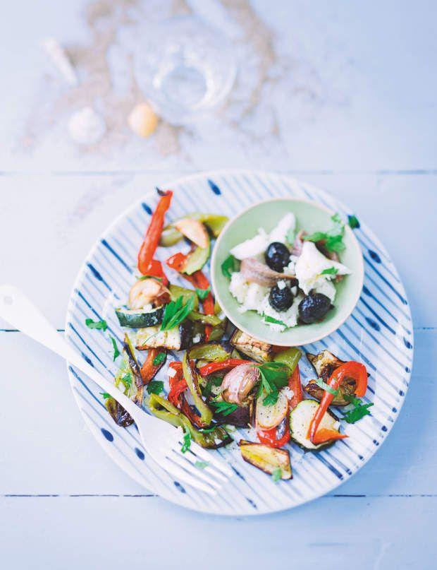 Salade été légumes grillés aux anchois 240 Kcal par personnePour 4 personnes:1 aubergine  1 courgette  1 poivron rouge  1 poivron vert …