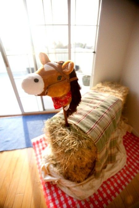 mum nad i had just chatted on the phone and imagined such a straw bale horse and just found a picture of it !   Make a horse to ride & take pictures on