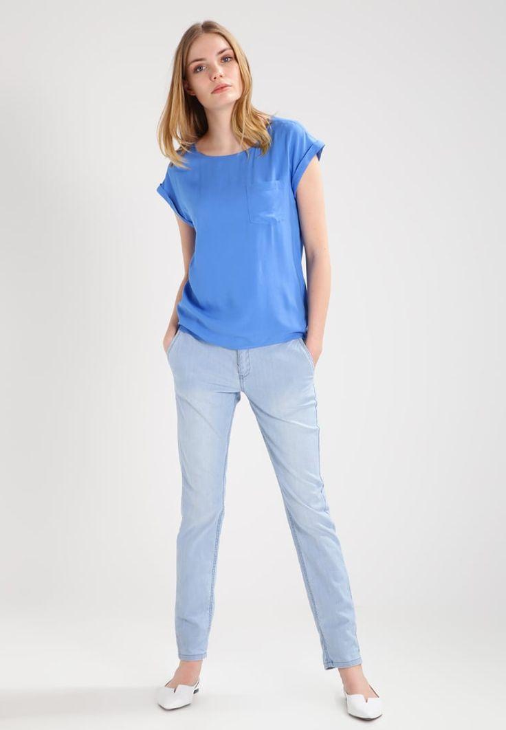 ¡Cómpralo ya!. TOM TAILOR DENIM Blusa marina bay blue. TOM TAILOR DENIM Blusa marina bay blue Ofertas   | Material exterior: 100% viscosa | Ofertas ¡Haz tu pedido   y disfruta de gastos de enví-o gratuitos! , blusas, blusa, blusón, blusones, blouses, blouse, smock, blouson, peasanttop, blusen, blusas, chemisiers, bluse. Blusas  de mujer color azul claro de Tom tailor denim.