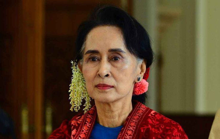 """Top News: """"MYANMAR POLITICS: Aung San Suu Kyi Accuses International Community Of Stoking Resentment Between Buddhists, Muslims"""" - http://politicoscope.com/wp-content/uploads/2015/09/Aung-San-Suu-Kyi-Myanmar-News-in-Politics.jpg - Myanmar leader Aung San Suu Kyi says, """"It doesn't help if everybody is just concentrating on the negative side of the situation.""""  on Politics: World Political News Articles, Political Biography: Politicoscope - http://politicoscope.com/2016/12/03/my"""