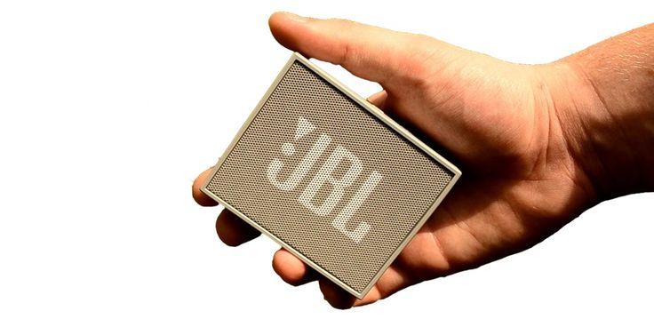 Akcia: K MacBook Pro Vám pribalíme zadarmo bluetooth reproduktor JBL GO!