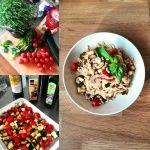 Spaghetti aglio e olio met tomaat, courgette en champignons