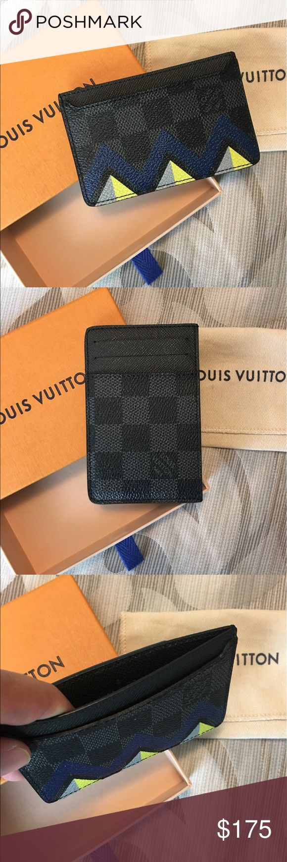 Louis Vuitton Karakoram Graphite Card Holder Men's Louis Vuitton Card Holder. In Graphite color with limited Karakoram design in front. Was for my husband but he currently already has a wallet. Original price was $335 BRAND NEW! NEVER USED!! Louis Vuitton Bags Wallets
