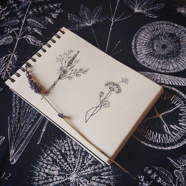 #VSCOcam#букет#эскизтату#дотворк#питертату#спбтату#татуспб#sketchtattoo #sketch #sketchflower#flowertattoo#flower#лавандатату#лаванда