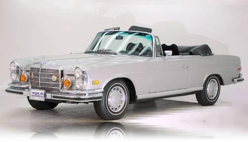 1971 MERCEDES BENZ 280 SE CONVERTIBLE----dream car in forest green <3
