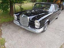 1965 Mercedes 220 SE Coupe