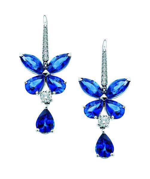 "Graff ""Butterfly Series"" earrings – sapphire, white diamonds, pear-shaped sapphire"