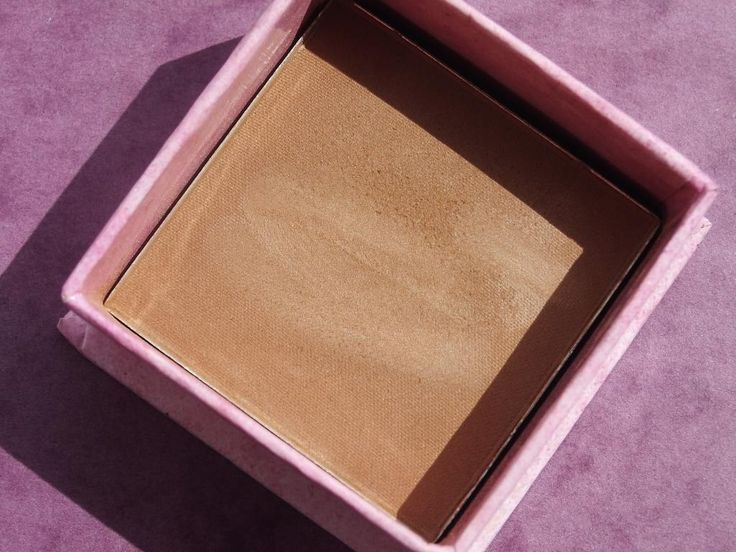 W7 Honolulu Bronzer great dupe for Benefit Hoola bronzer