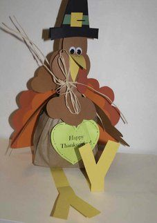 FREE common core lessons, turkey art and activities, turkey bulletin board ideas, Thanksgiving lessons, Thanksgiving activities, Thanksgivin...
