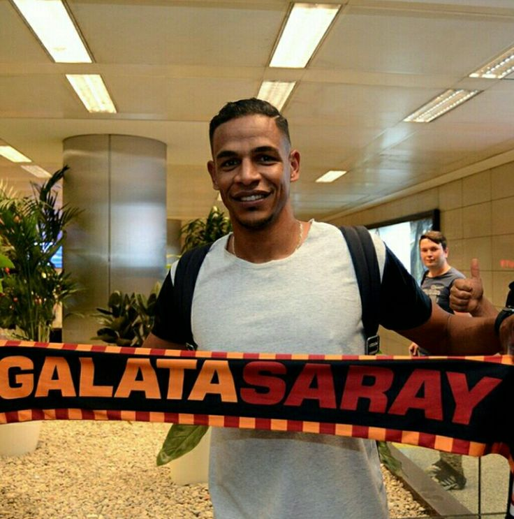 Hoşgeldin! #fernando #galatasaray