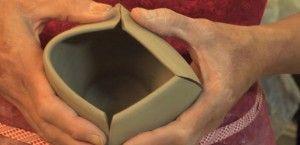 Good video on handbuilding techniques ceramic arts daily lindsaygravy_620