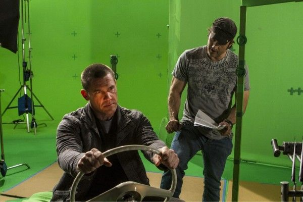 Josh Brolin and Robert Rodriguez on-set of Sin City A Dame to Kill For