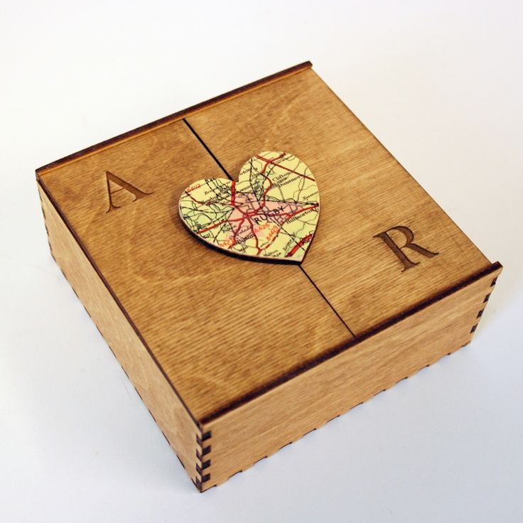 Personalised wooden map heart box - hardtofind.