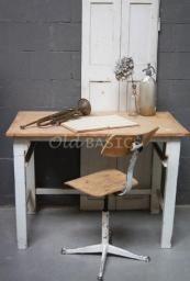 Tafels - Landelijke oude brocante tafels: eettafels salontafels kindertafels bureau's bijzettafels keukentafels en tafels op maat - Old-BASI...