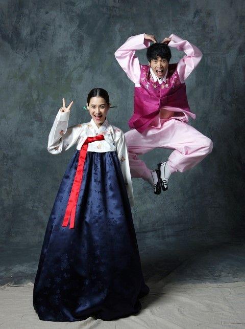 Tablo & Kang Hyejung wedding photos in hanboks