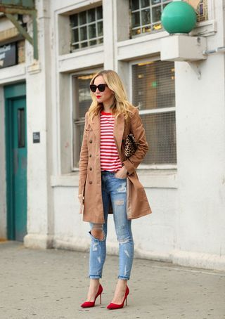 The brown top coat made a great accent color for this outifit.