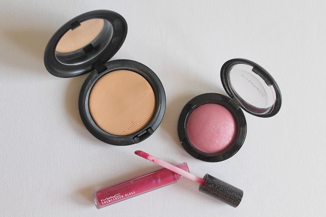 My Beauty Corner... Cosmetic Reviews: Il mio Make-Up con MAC Cosmetics