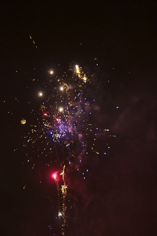 #Spring is here. Why not celebrate the 30th April with fireworks for #free in #Stockholm // www.stockholmonashoestring.com