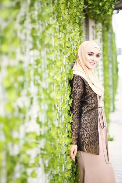 Sara Songket Golden Brown