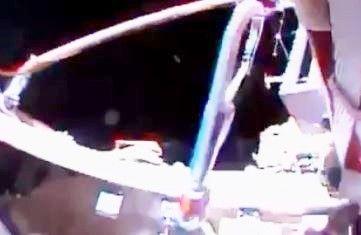 OVNIs / UFOs passam pela Estação Espacial Internacional durante a passagem da tocha dos Jogos de Inverno da Rússia