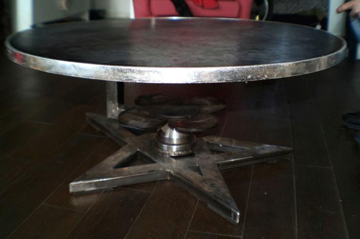 metal pentacle table tournante