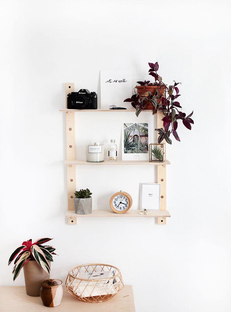 DIY Peg Shelf | @themerrythought