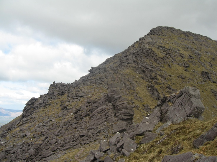 Looking back at BeenKeeragh from the ridge to Carrauntoohil