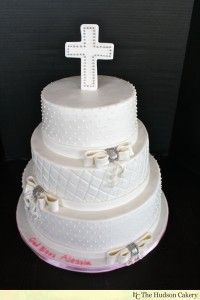 White Communion Cake www.hudsoncakery.com