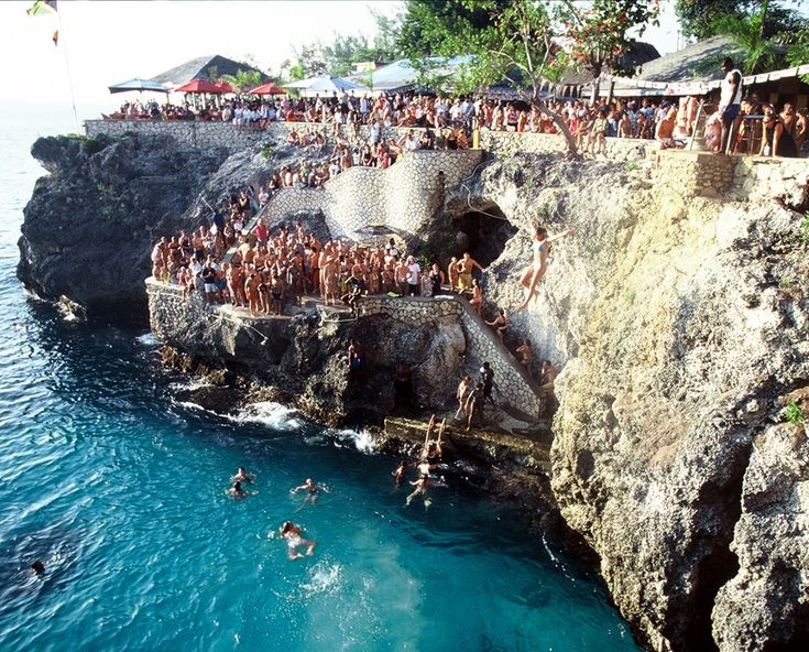 Cliff Diving at Rick's Cafe, Negril Jamaica