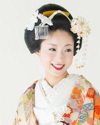 夫婦鶴珊瑚ビラかんざし。色打掛にも白無垢にも似合う日本髪の髪型一覧をまとめました!