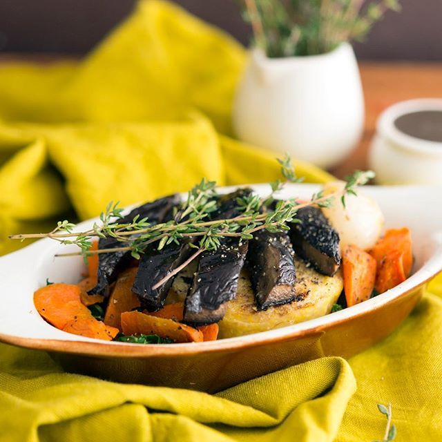 Portobello steak dinner… because it's #NationalMushroomDay. Did you know that mushrooms produce vitamin D in response to sun light, just like the human body? In fact it's the only item in the produce isle with #vitaminD. Mushrooms are also a good source of B vitamins. And a #portobello cap has as much potassium as a small banana. We love mushrooms at #Veestro! 🌿#plantsplease #😋 #mushroomday  Yummery - best recipes. Follow Us! #veganfoodporn