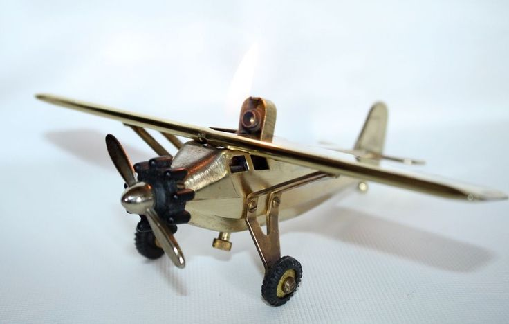 Vintage SWANK  Airplane Table Lighter Sirit Of St.Luis in Working Condition