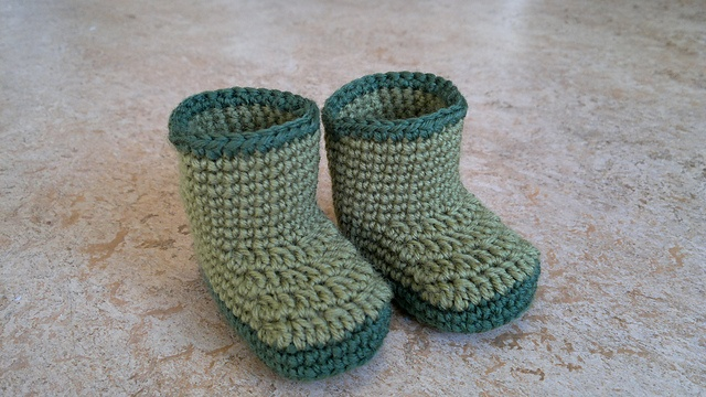 Free Crochet Patterns Baby Rompers : Ravelry: Rain boots size 1-3 pattern by Ebba Klemedtsson ...