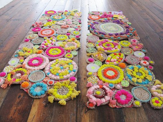 Great DIY for this beautiful rope/pom pom creation that Free People used as a window display. Also works as a rug, table runner, etc.
