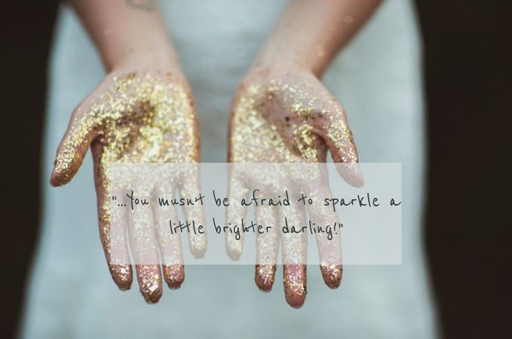 Have some sparkle at your wedding with a metallic theme! #weddingideas