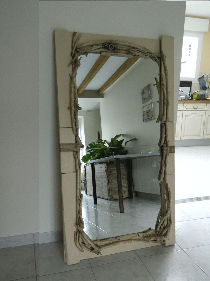 1000 id es propos de miroir palette sur pinterest miroirs de salle de bains encadrer un. Black Bedroom Furniture Sets. Home Design Ideas