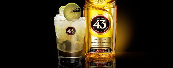 Voeg de smaak van Spanje toe aan de aroma's van Brazilië. Deze cocktail is geroemd om zijn heerlijke limoen- en citrusvruchtensmaak.