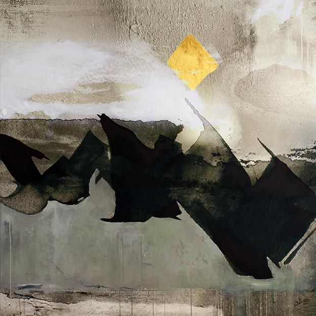 Helen Abbas is a Syrian artist, living in Dubai. She has combined the influences of her origin and travels, with her everyday life. The result is a contemporary approach to Arabic abstract art.