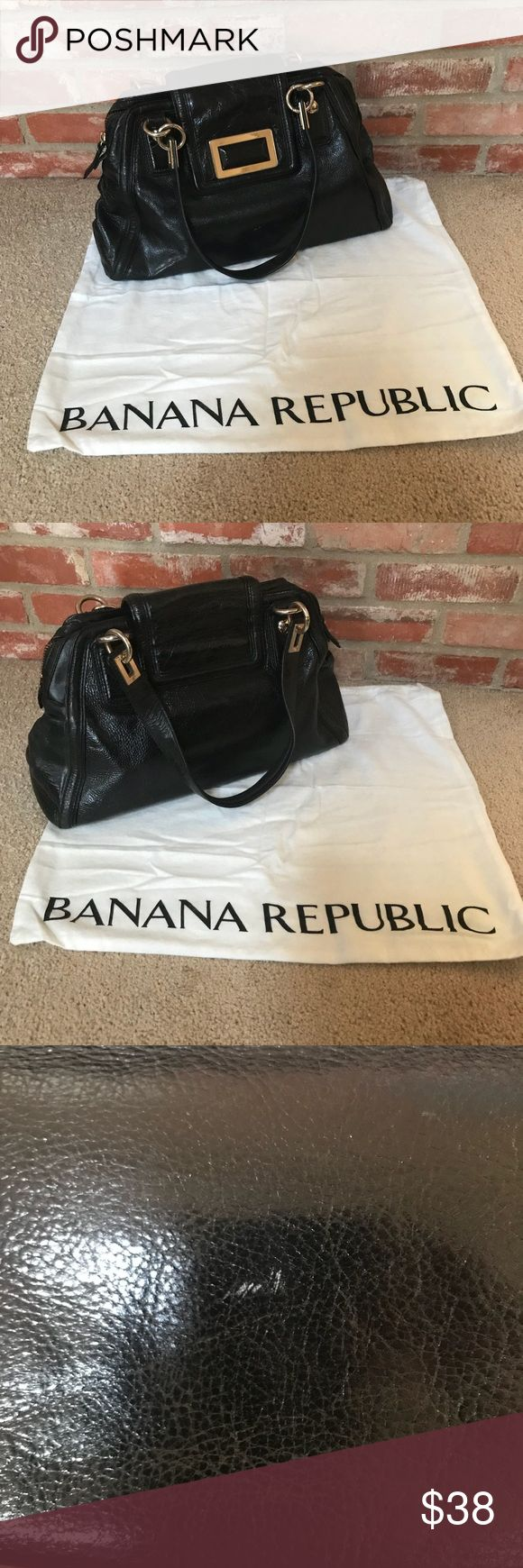 Banana Republic Black purse with dust bag Cute Banana Republic purse. 17 inches long 10 inches tall 6 inches wide 9 inch strap drop Some wear and scratches pictured  The inside is pretty clean I accept reasonable offers! Bundle your likes for a private offer 💜 The more you buy the more you save 👗 Banana Republic Bags Shoulder Bags
