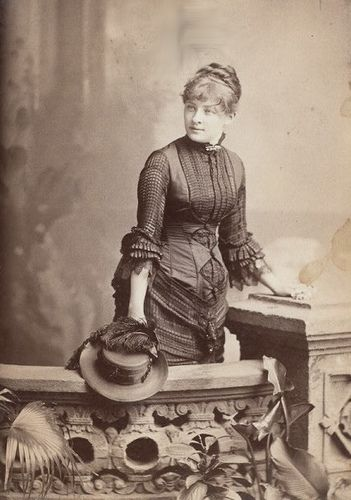 Stage actress, and Victorian beauty, Sadie Martinot