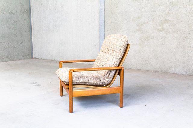 Easy Chair - Madsen & Schubell - MS Möble - €325 www.jupiter-design.nl #design #vintage #midcentury #midcenturymodern #mcm #comtemporary #furniture #accessoires #living #home #interior # #modernist #madsenschubell #easychair #teakwood #wool #danishdesign #denmark #msmöbler