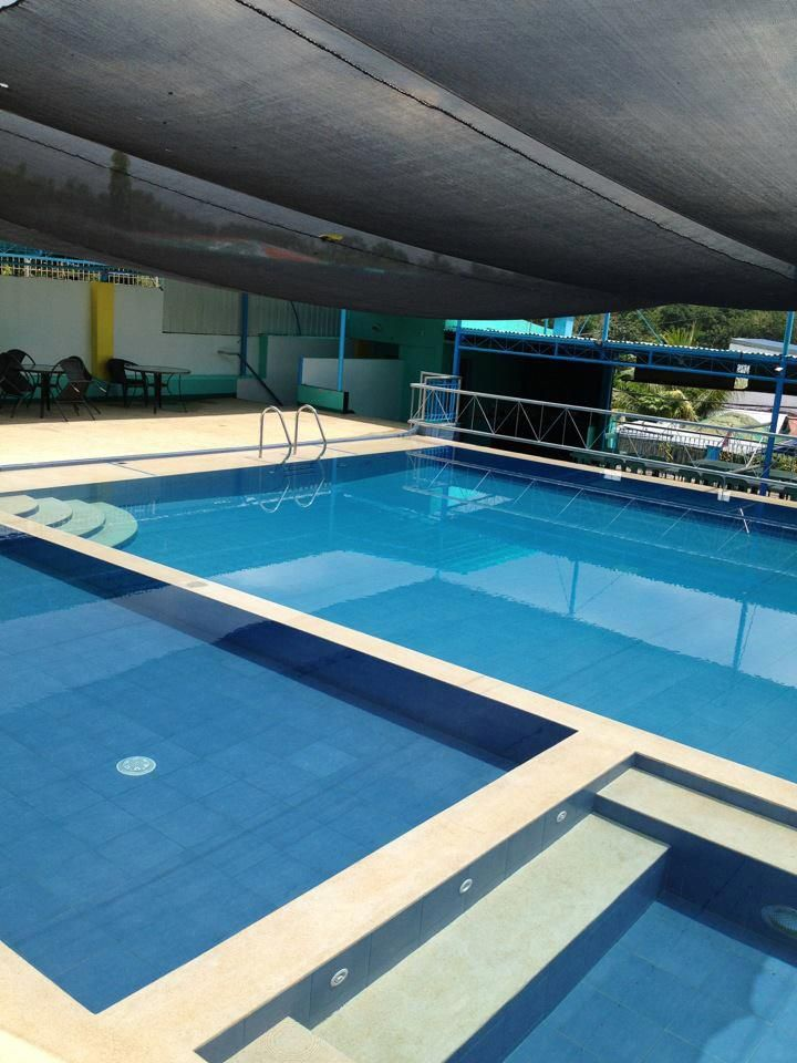 64 best images about private swimming pool on pinterest for Private swimming pool