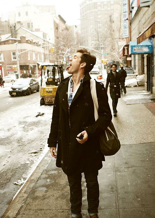 Afternoon eye candy: Aaron Tveit (23 photos)