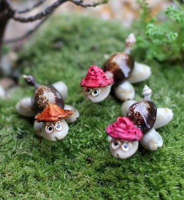sale~10pieces Hat Turtle/fairy garden gnome /moss terrarium home desktop decor/crafts/bonsai/doll house/miniatures