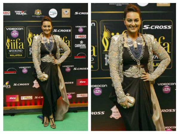 #Sonakshi looked smoking hot in an Anamika Khanna suit. The colour combination and the matching accessories from Amrapali were quite a killer look.