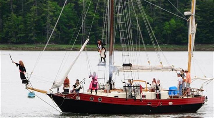 Pirates Renezvous Damariscotta Maine