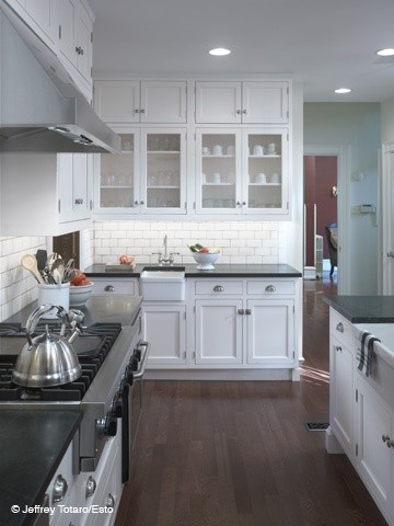 kitchen: Kitchens Remodel, Kitchens Design, Subway Tile, Kitchens Ideas, Farmhouse Sinks, Dark Countertops, White Cabinets, Kitchens Cabinets, White Kitchens