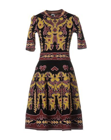 M Missoni Women Short Dress on YOOX. The best online selection of Short Dresses M Missoni. YOOX exclusive items of Italian and international designers - Secure payments -...